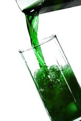 Laihduttaja, jätä tämä juoma juomatta, se lihottaa!